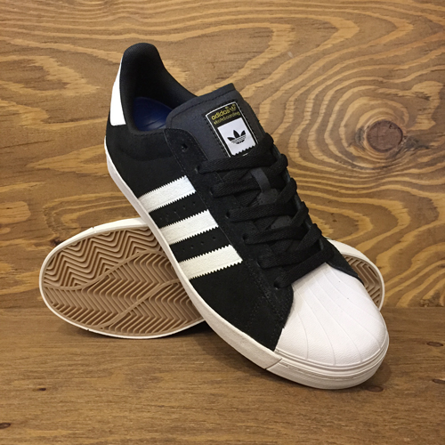 adidas,superstar,bkwtgo,top