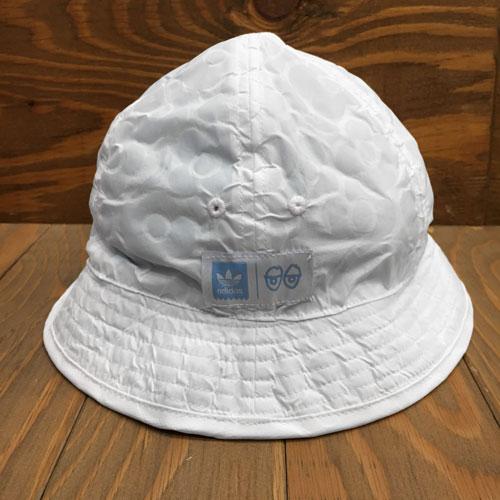4badbbbd HIGHSOX SKATEBOARDS ADIDAS x KROOKED REVERSIBLE BUCKET HAT