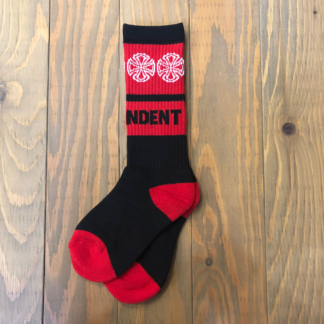 INDEPENDENT WOVEN CROSSES  YOUTH SOX BLACK