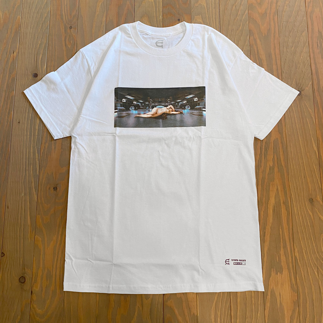EVISEN NAKED DEFENSE S/S TEE WHITE
