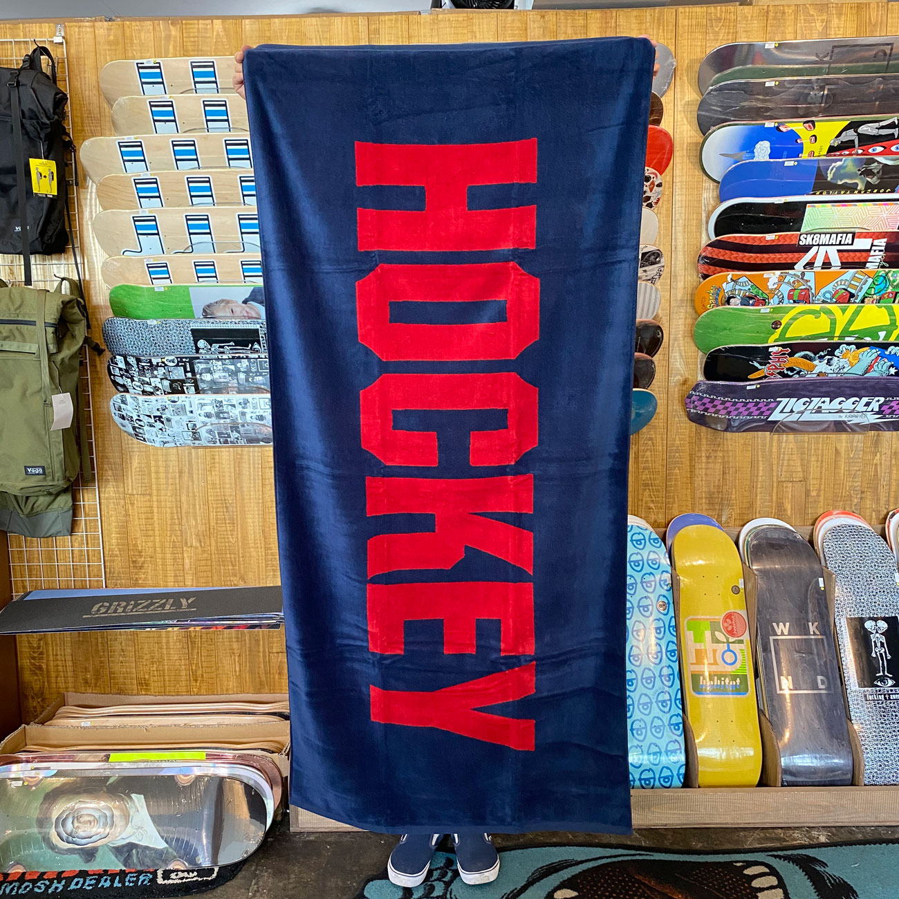 HOCKEY TOWEL