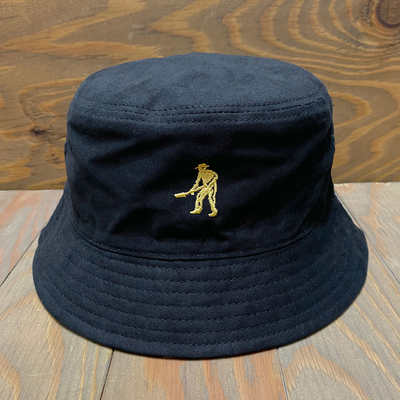 PASS~PORT INTERSOLLID REVERSABLE BUCKET HAT BLACK