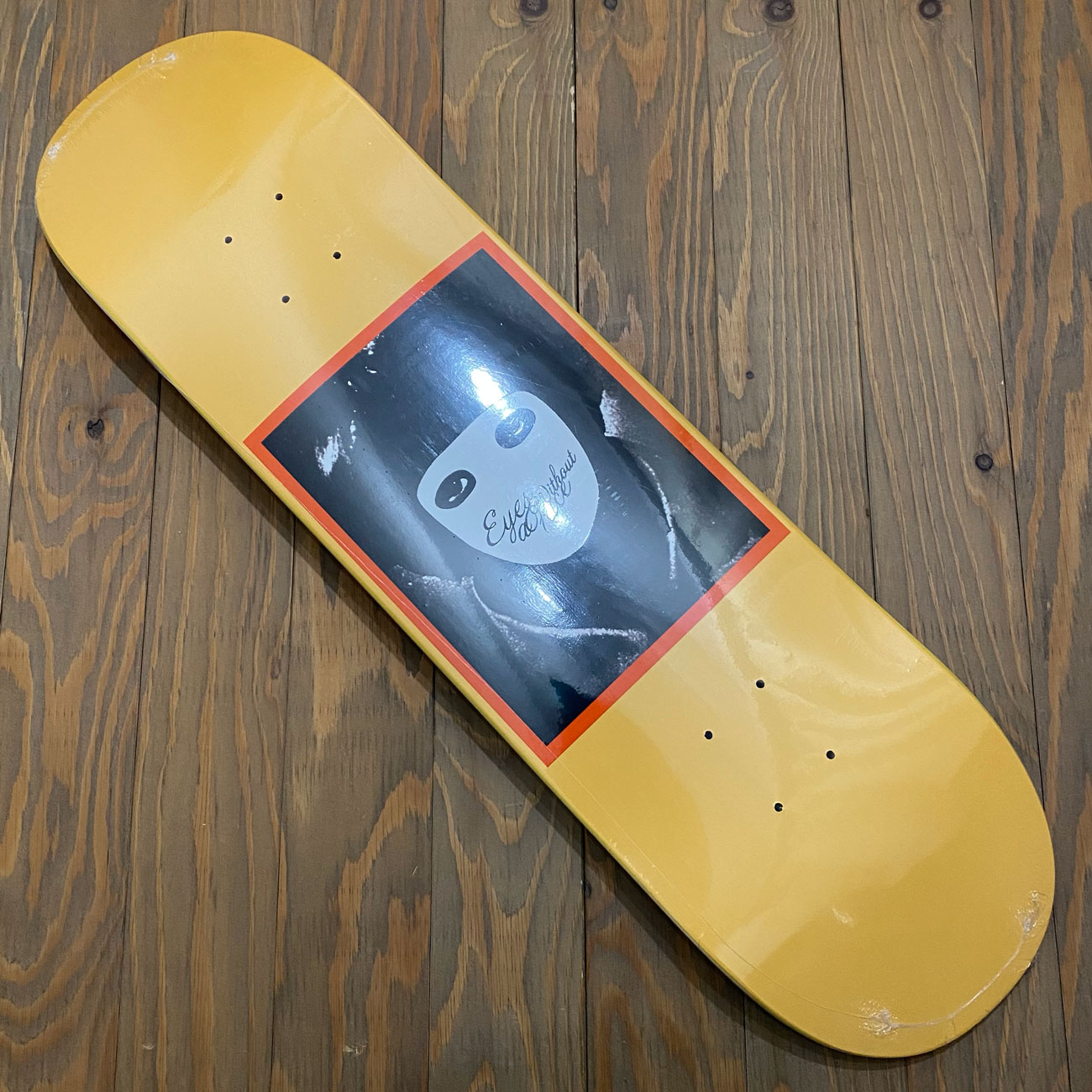 HOCKEY NO FACE YELLOW DECK 8.25/8.5inch
